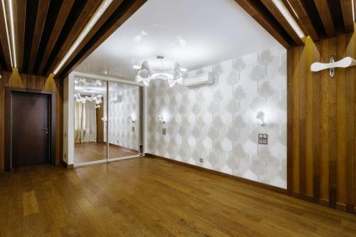 Дуб стена пол-Потолок